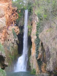 Cascada Cola de Caballo en el Parque Natural del Monasterio de Piedra en Zaragoza